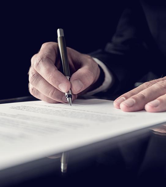 negociación de contratos y convenios